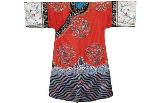 红地团花人物旗袍