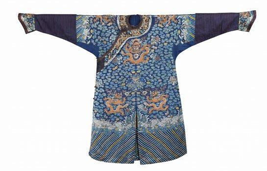 蓝地纳纱绣龙袍
